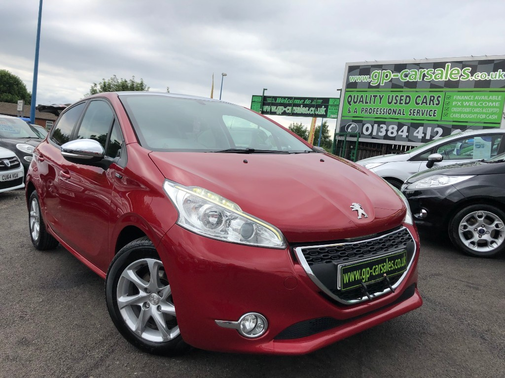 used Peugeot 208 HDI STYLE in west-midlands