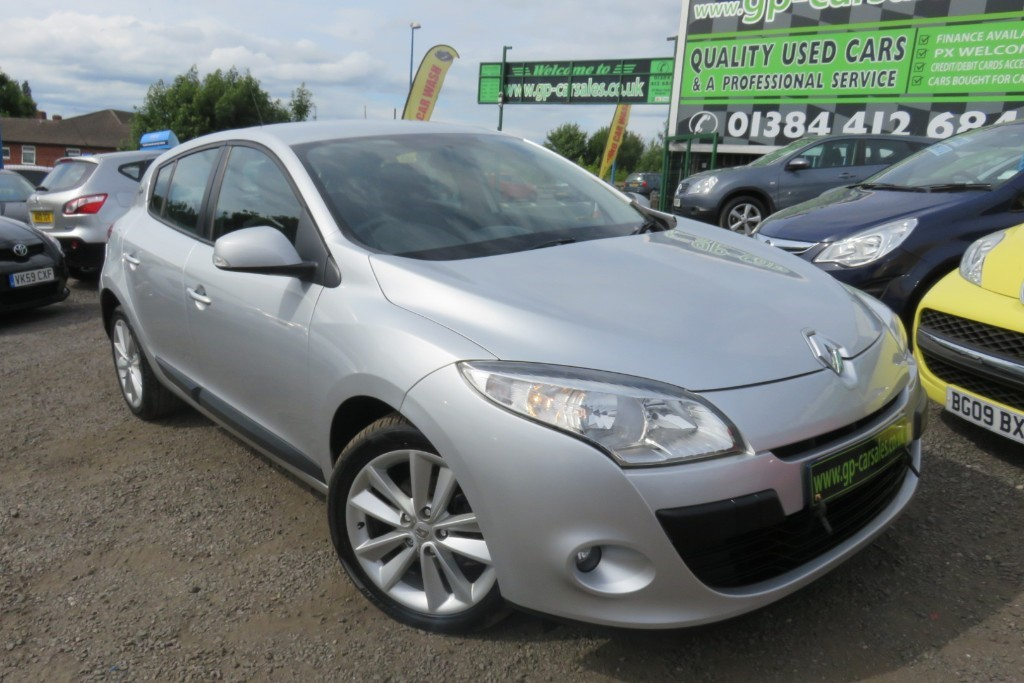 used Renault Megane I-MUSIC DCI in west-midlands