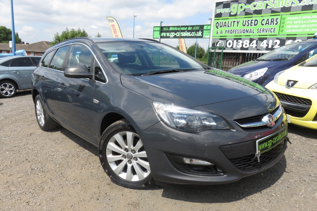 used Vauxhall Astra TECH LINE CDTI ECOFLEX S/S in west-midlands