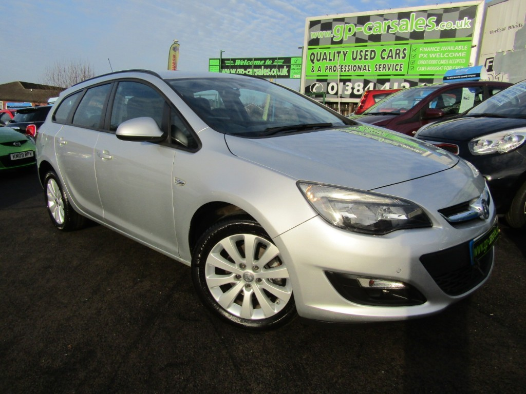 used Vauxhall Astra DESIGN CDTI ECOFLEX S/S in west-midlands