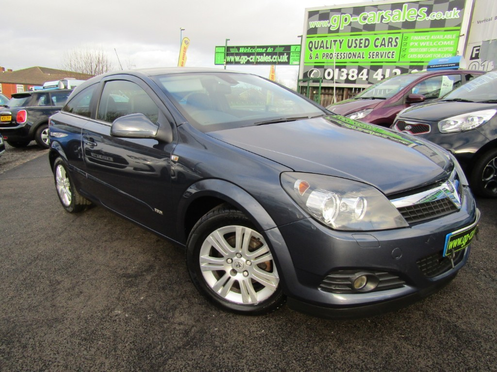 used Vauxhall Astra DESIGN in west-midlands