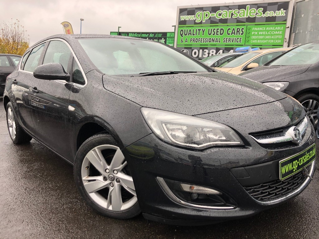 used Vauxhall Astra SRI in west-midlands