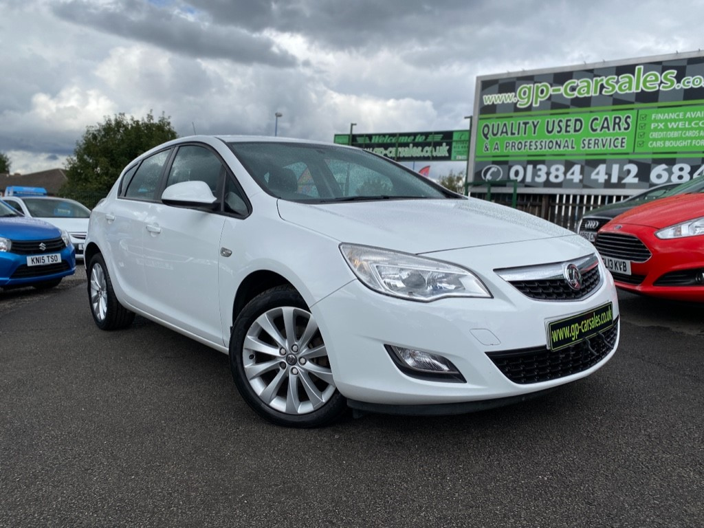 used Vauxhall Astra ACTIVE Limited Edition in west-midlands