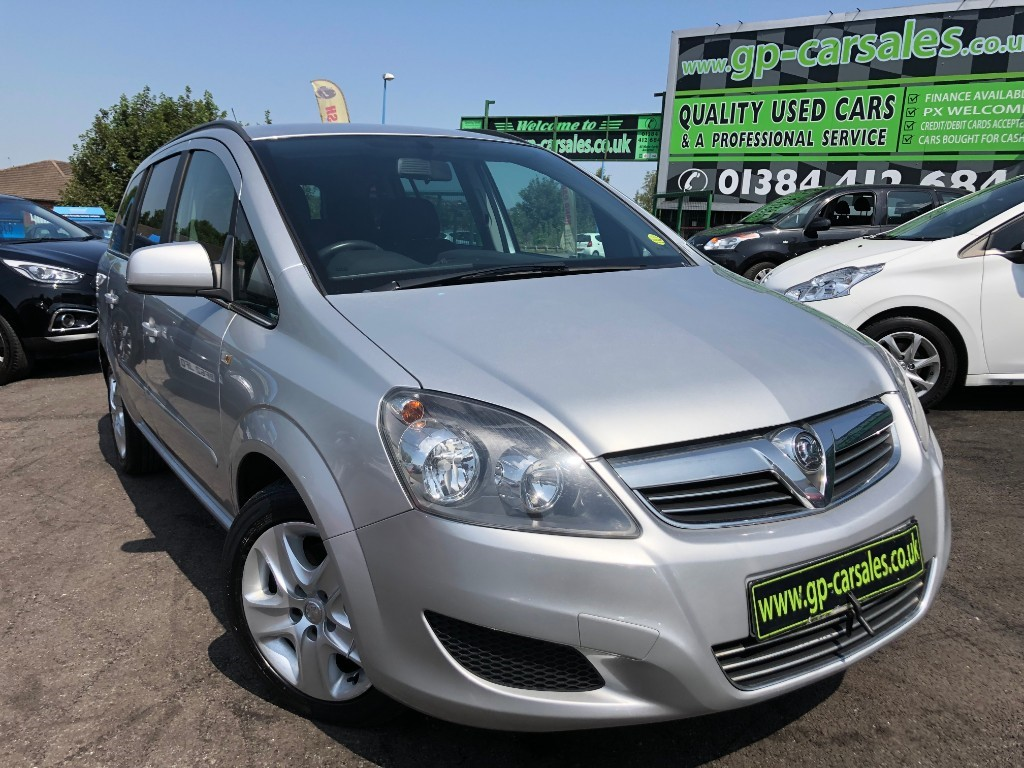used Vauxhall Zafira EXCLUSIV in west-midlands