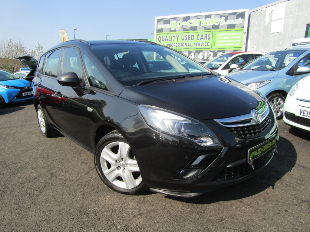 used Vauxhall Zafira Tourer EXCLUSIV in west-midlands