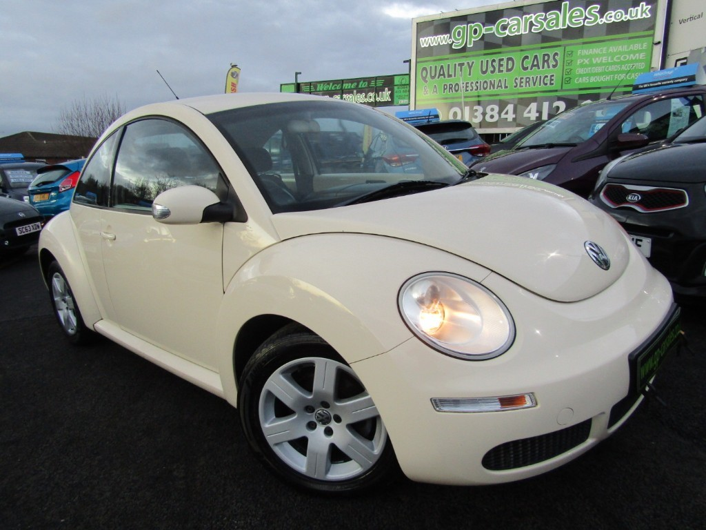used VW Beetle LUNA 8V in west-midlands