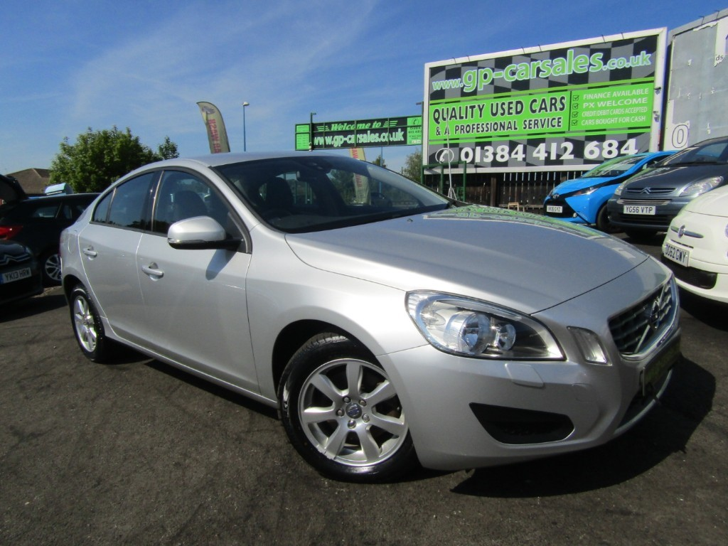 used Volvo S60 D3 ES in west-midlands