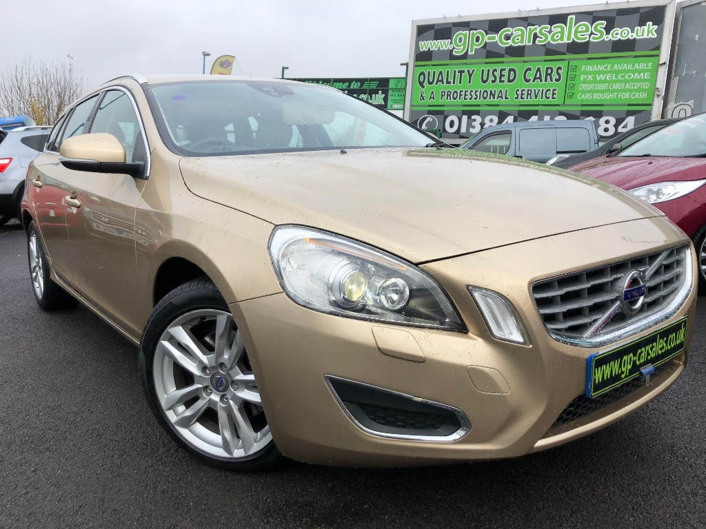 used Volvo V60 D3 SE LUX in west-midlands