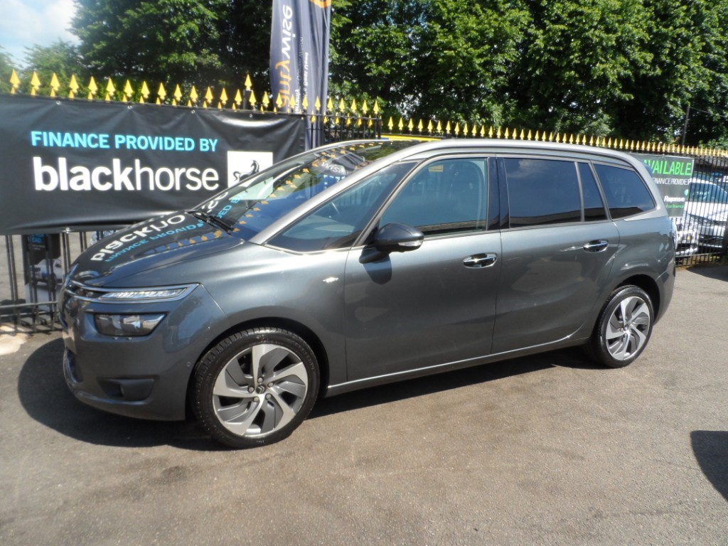 used Citroen C4 Picasso GRAND BLUEHDI EXCLUSIVE PLUS in Halesowen