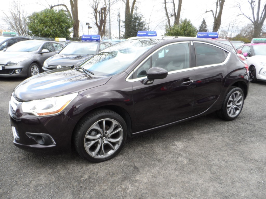 used Citroen DS4 E-HDI AIRDREAM DSTYLE in Halesowen
