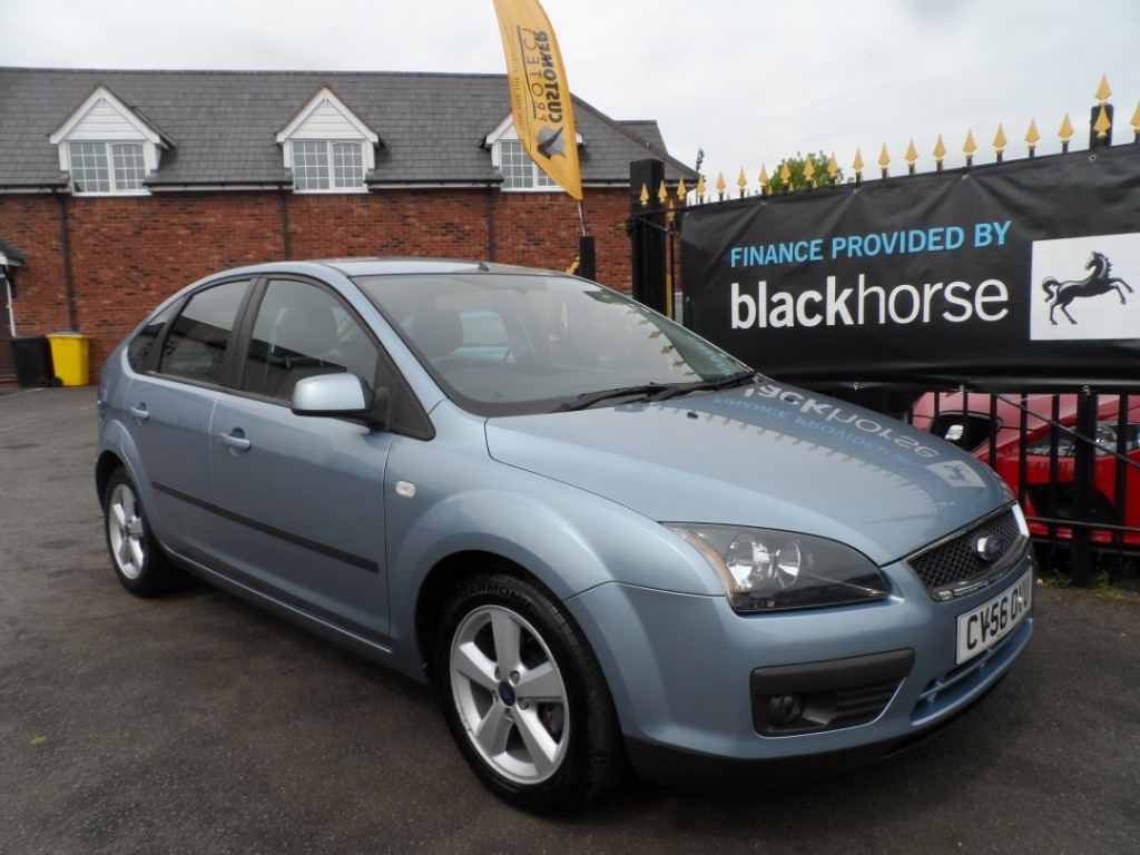 used Ford Focus ZETEC CLIMATE 16V in Halesowen