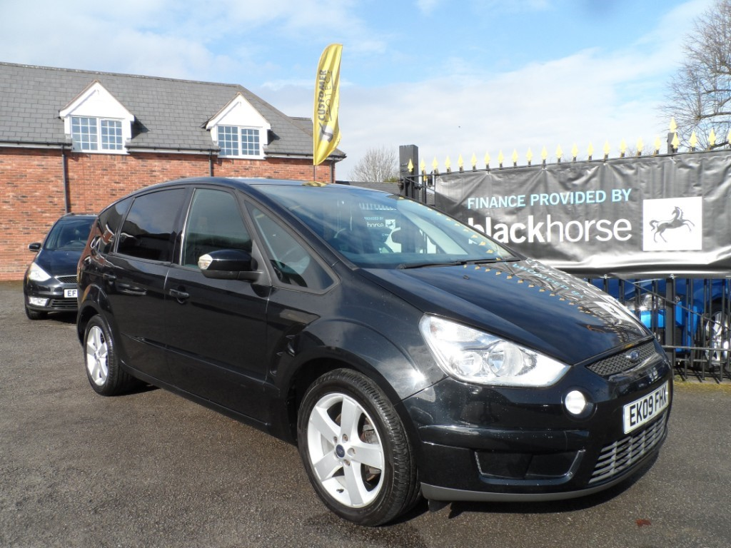 used Ford S-Max ZETEC TDCI in Halesowen