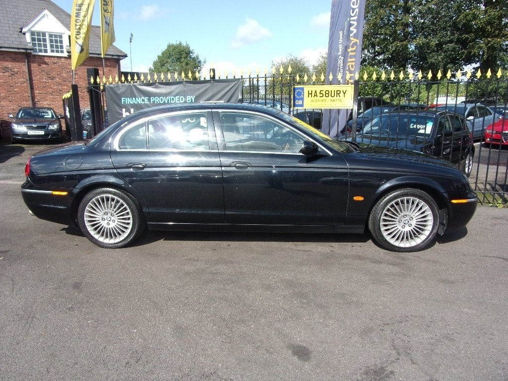 s type diesel for hampshire metallic seats with violet farnborough blue barley used se in hide heated saloon jaguar ultra sale