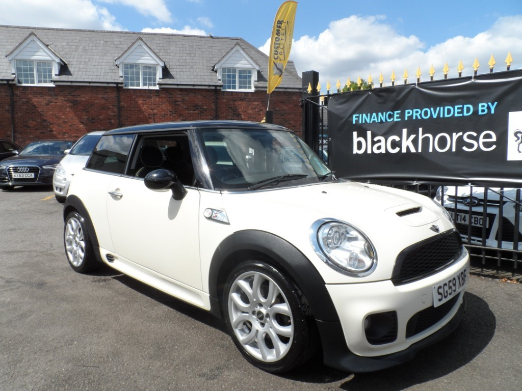 used MINI  COOPER S in Halesowen