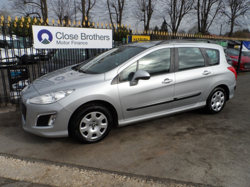 used Peugeot 308 E-HDI SW ACCESS in Halesowen