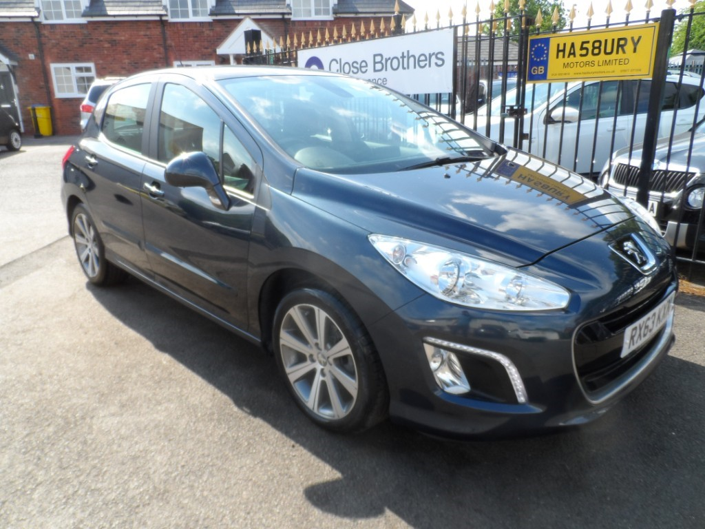 used Peugeot 308 E-HDI ACTIVE NAVIGATION VERSION in Halesowen