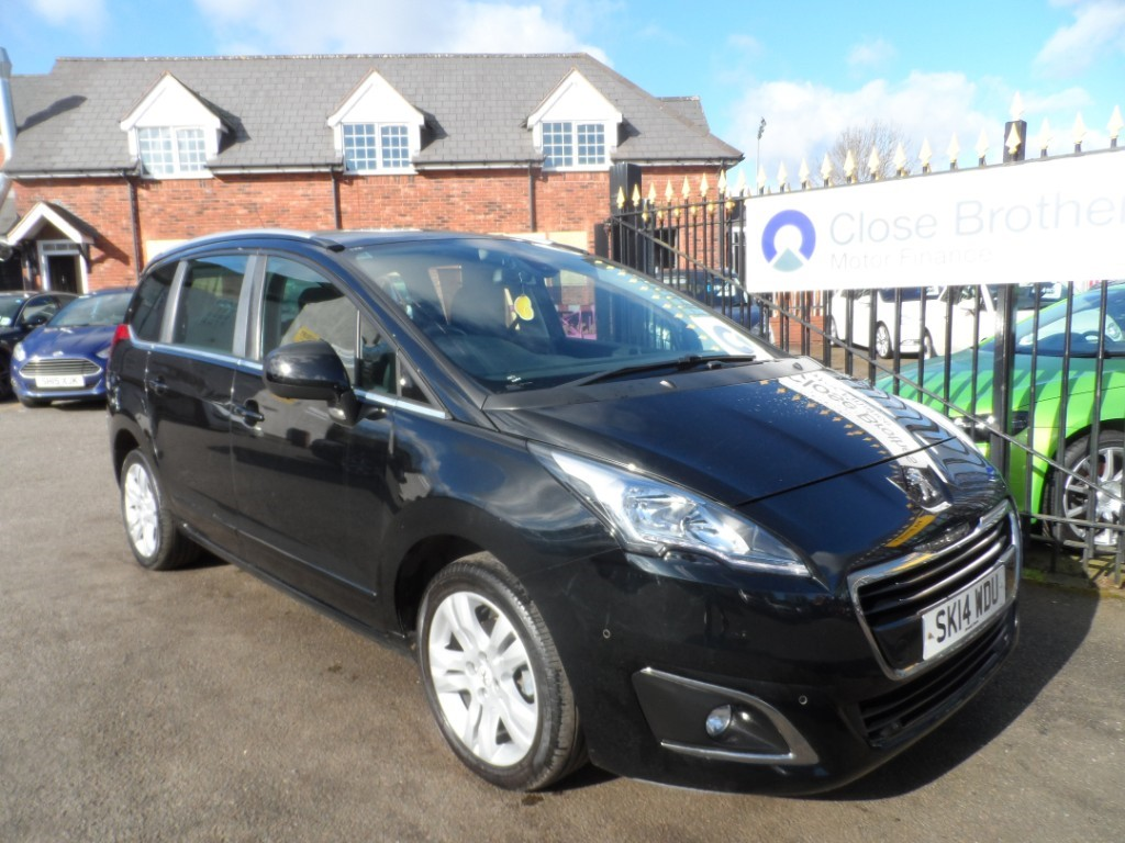 used Peugeot 5008 HDI ACTIVE in Halesowen