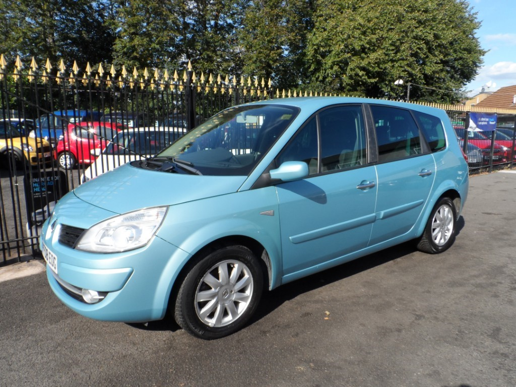 used Renault Grand Scenic DYNAMIQUE VVT 136 G SCENIC in Halesowen