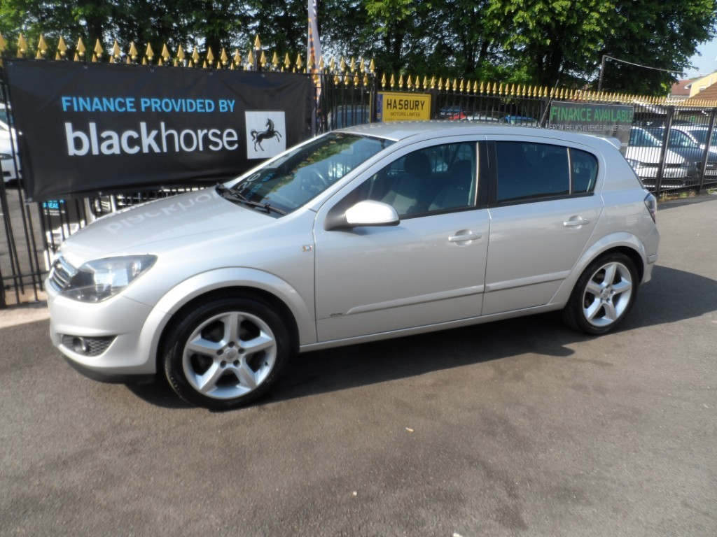 used Vauxhall Astra SRI in Halesowen