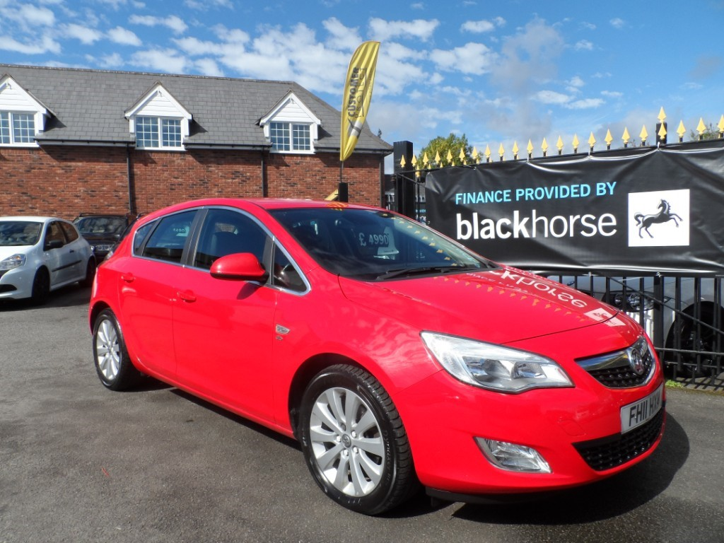 used Vauxhall Astra ELITE CDTI in Halesowen