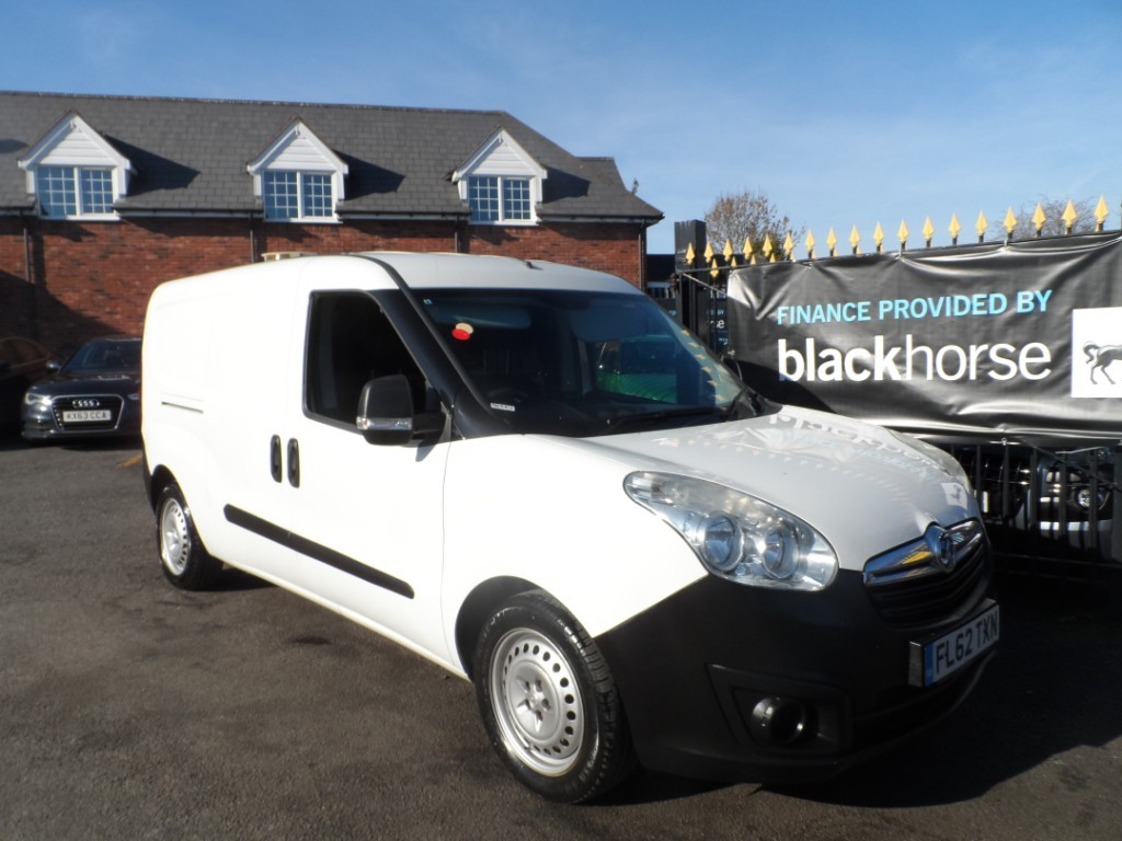 used Vauxhall Combo COMBO 2300 L2H1 in Halesowen
