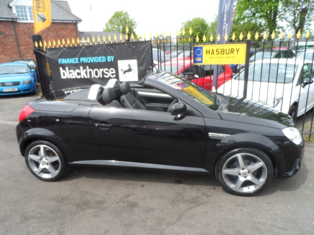 used Vauxhall Tigra 16V EXCLUSIV in Halesowen