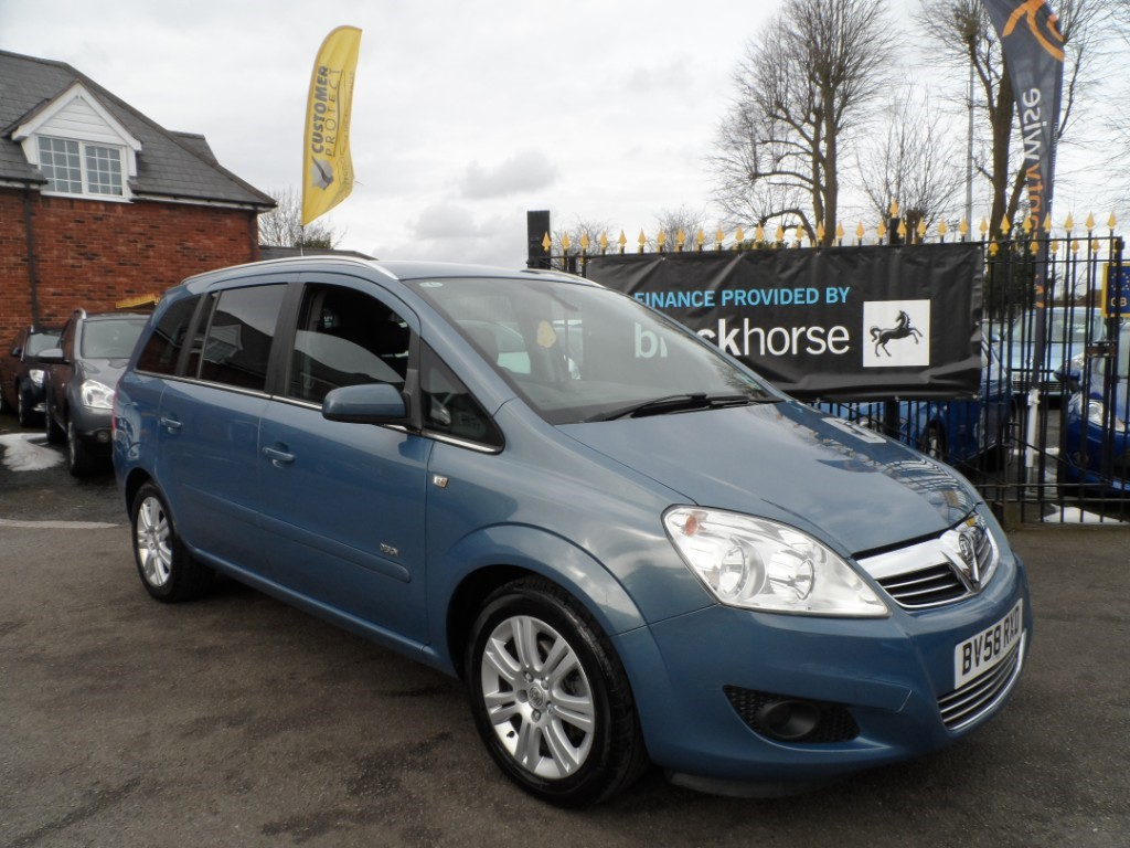 used Vauxhall Zafira i 16v Design 5dr in Halesowen