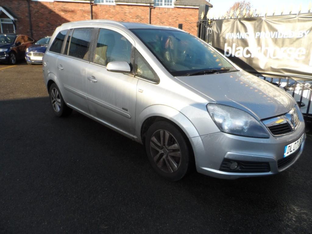 used Vauxhall Zafira DESIGN 16V in Halesowen