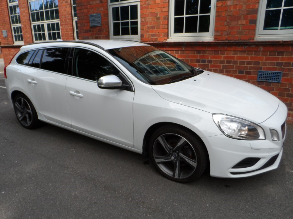 used Volvo V60 D2 R-DESIGN in Halesowen
