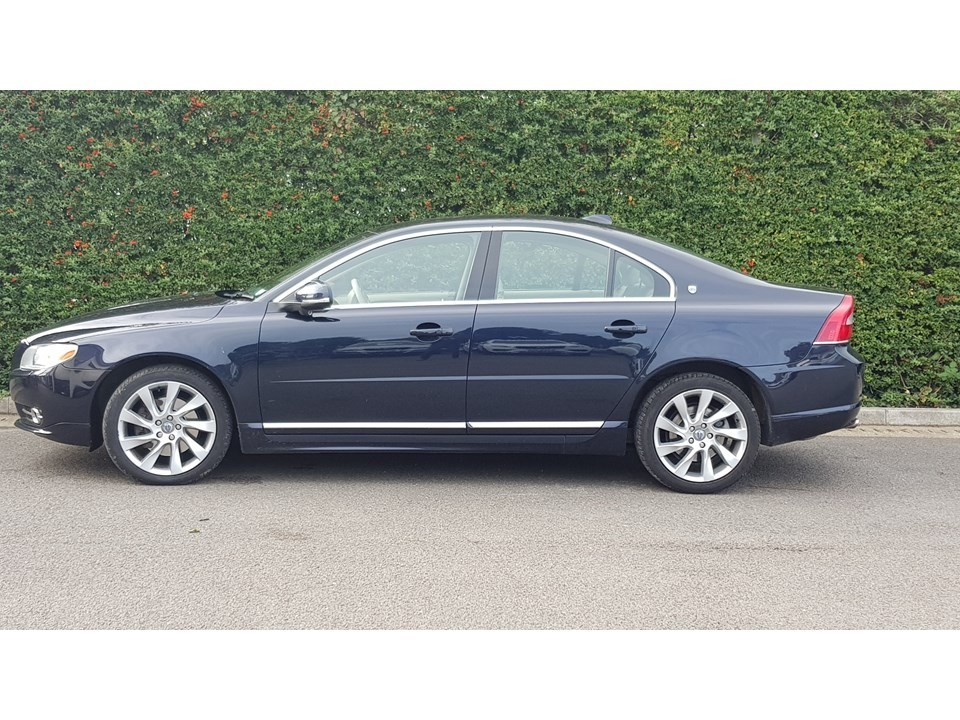 used Volvo S80 D5 EXECUTIVE in greater-manchester