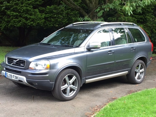 used Volvo XC90 D5 R-DESIGN SE NAV AWD in greater-manchester