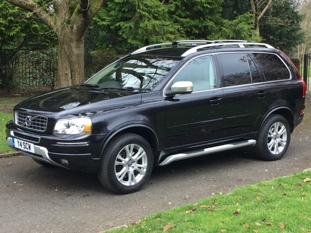 used Volvo XC90 D5 SE LUX AWD in greater-manchester