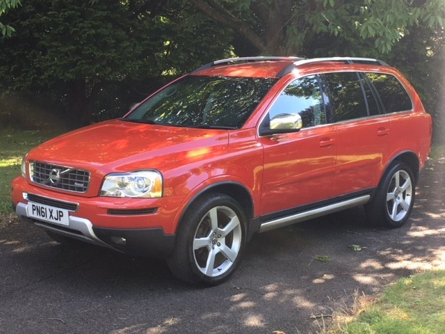 used Volvo XC90 D5 R-DESIGN SE AWD in greater-manchester