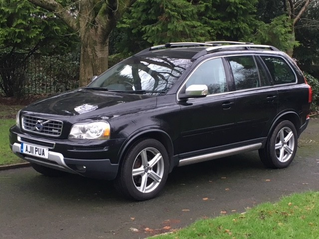 used Volvo XC90 D5 R-DESIGN NAV AWD in greater-manchester