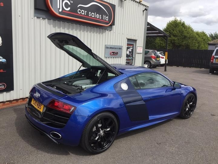 used Audi R8 FSI V10 Coupe 2dr R Tronic Quattro (326 g/km, 518 bhp) Auto in leeds-lincolnshire