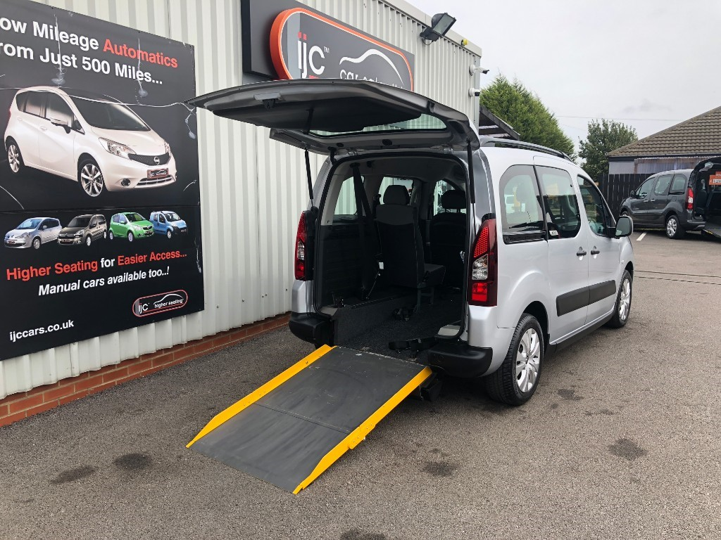 used Citroen Berlingo Multispace 1.6 HDI XTR WHEELCHAIR ADAPTED in louth-lincolnshire