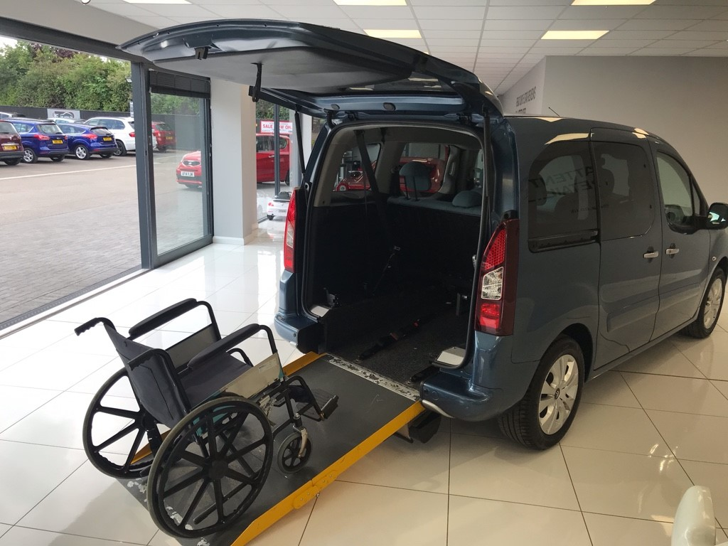 used Citroen Berlingo Multispace 1.6 HDI PLUS MANUAL WHEELCHAIR ADAPTED in louth-lincolnshire
