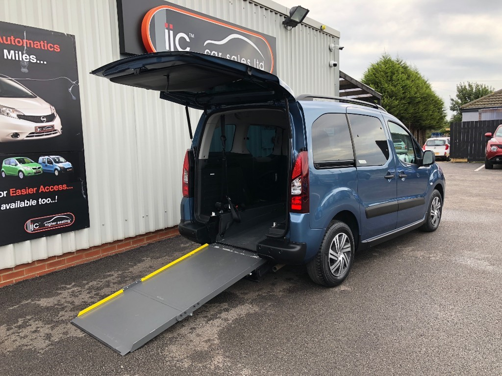used Citroen Berlingo Multispace 1.6 diesel AIRDREAM XTR EGS in louth-lincolnshire