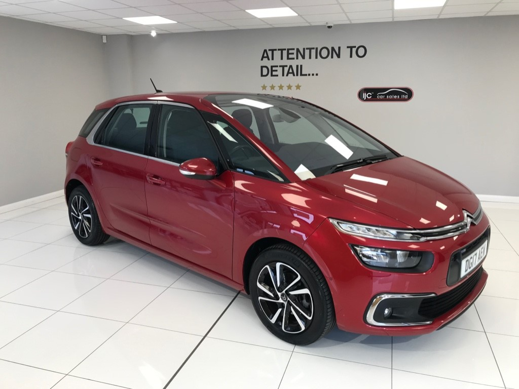 used Citroen C4 Picasso PURETECH VERY RARE PETROL AUTOMATIC WITH JUST 7,629 MILES AND HIGHER SEATING!! in louth-lincolnshire