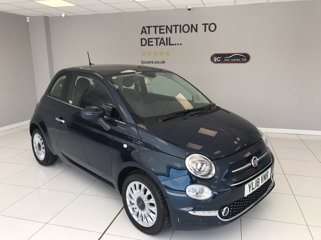used Fiat 500 LOUNGE DUALOGIC 1.2 AUTOMATIC WITH JUST 798 MILES!! in louth-lincolnshire