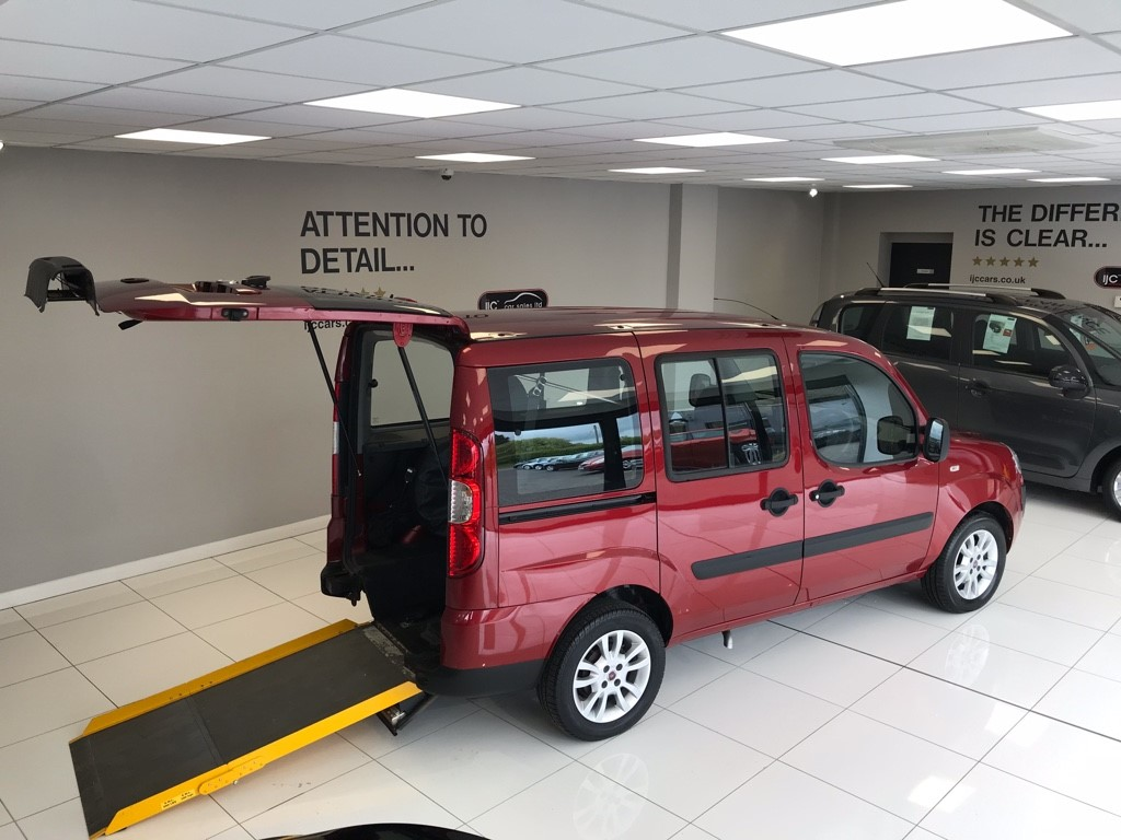 used Fiat Doblo 8V DYNAMIC WHEELCHAIR ADAPTED VEHICLE WAV WITH 17,942 MILES (YES JUST 17,942 MILES!!) in louth-lincolnshire