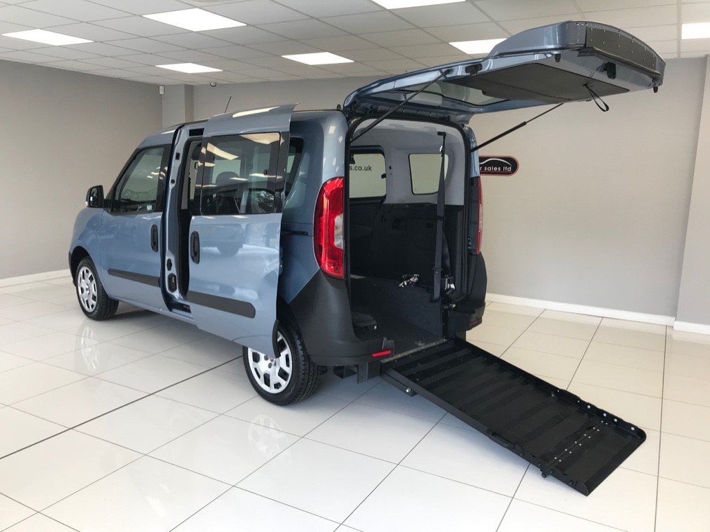 used Fiat Doblo POP WHEELCHAIR ADAPTED WAV WITH JUST 1,312 MILES AND AWARD WINNING SUSPENSION FOR ADDED COMFORT!! in louth-lincolnshire