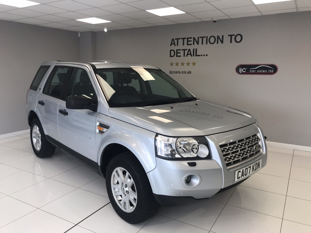 used Land Rover Freelander 2.2 TD4 XS AUTOMATIC 4x4 in louth-lincolnshire