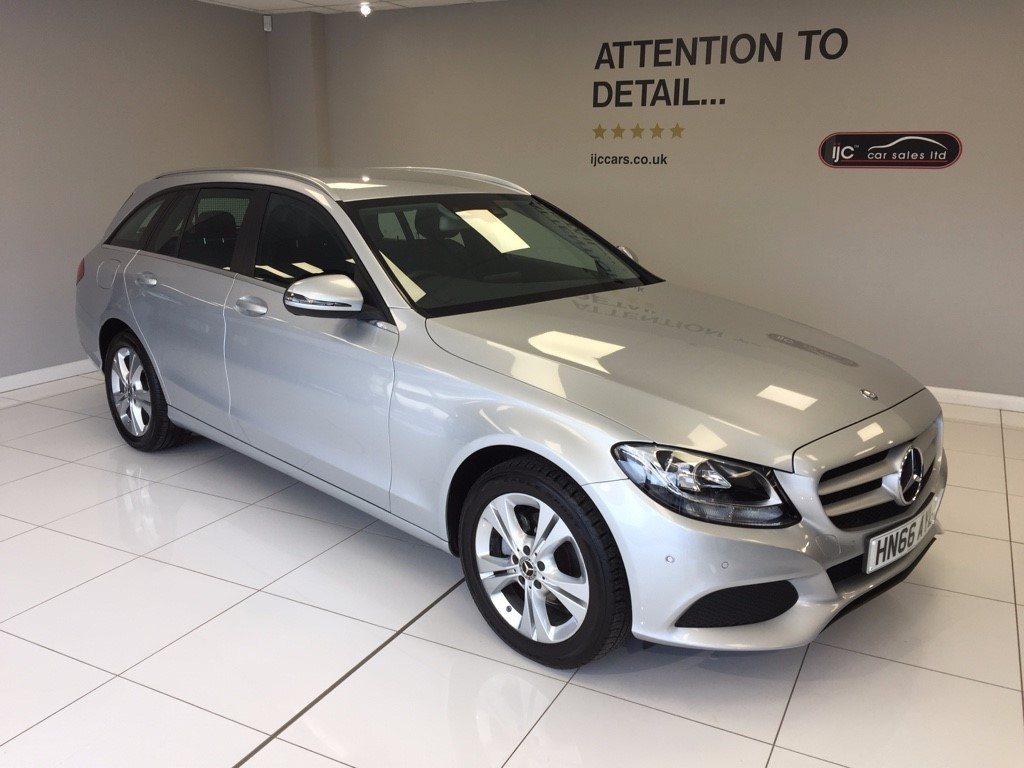 used Mercedes 200 C  D SE EXECUTIVE EDITION, SATNAV, LOW MILEAGE AUTO ESTATE WITH SAFE, DELIVERY SERVICE FROM �99 in louth-lincolnshire