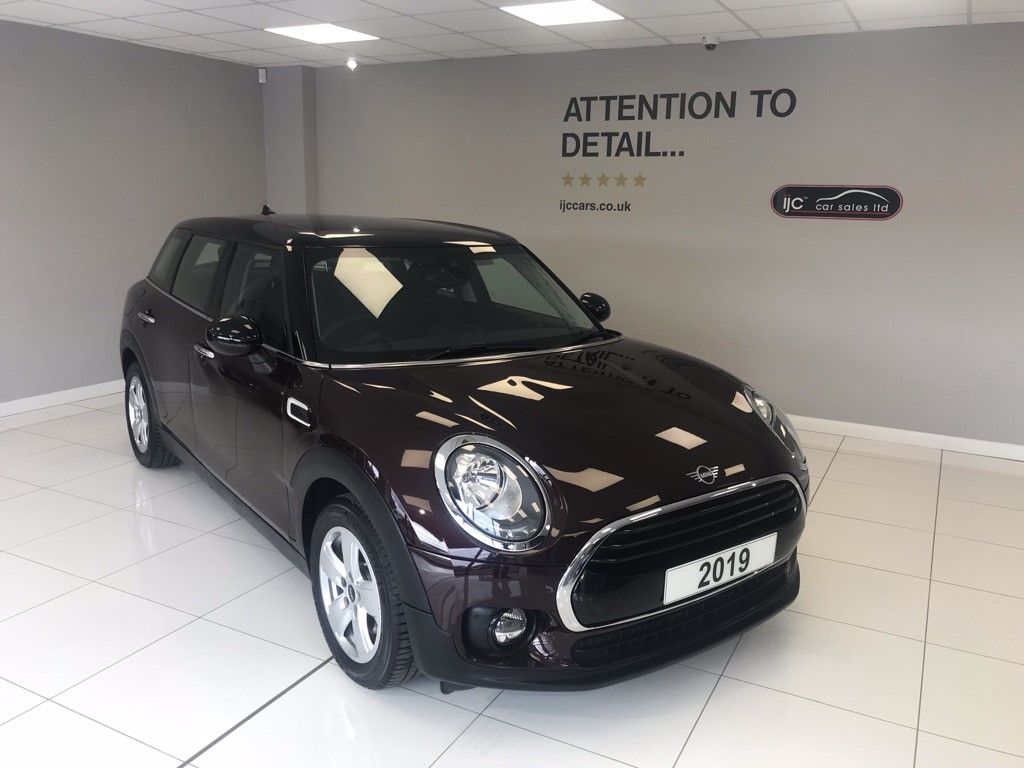 used MINI Clubman 2019 COOPER CLASSIC AUTOMATIC COST OVER �26,000 NEW THIS YEAR!! in louth-lincolnshire