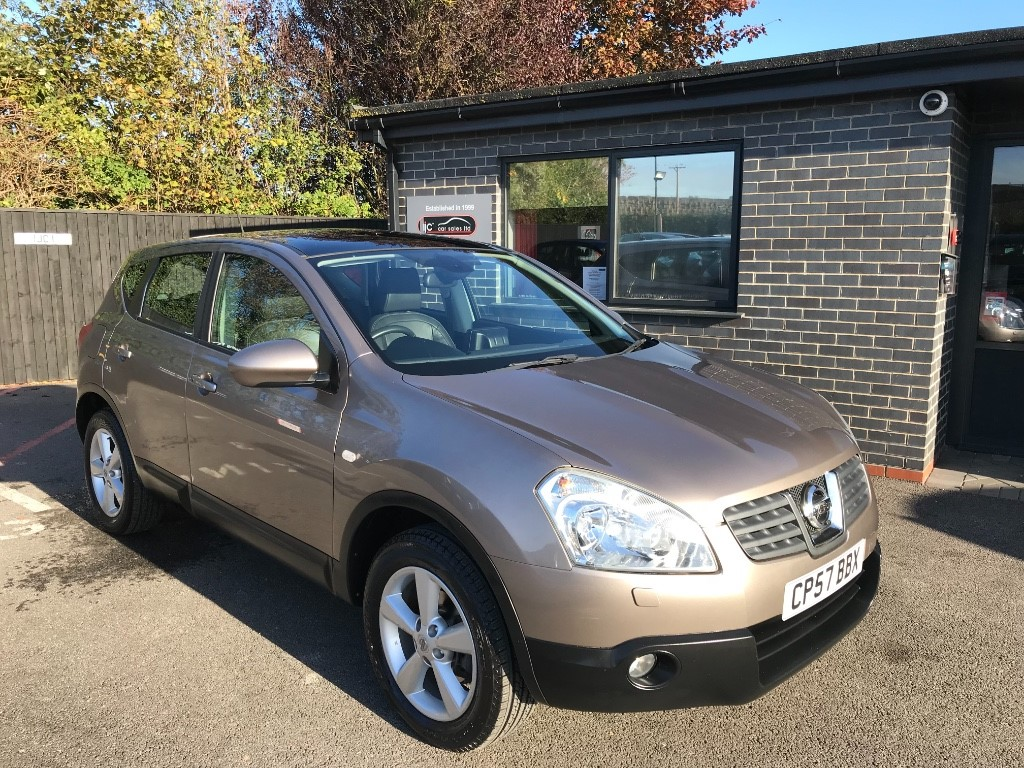 used Nissan Qashqai TEKNA 4WD in louth-lincolnshire