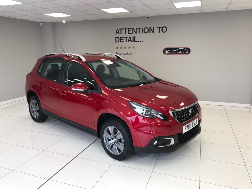 used Peugeot 2008 BLUE HDI ACTIVE JUST 1,906 MILES AND ONE OWNER!! in louth-lincolnshire