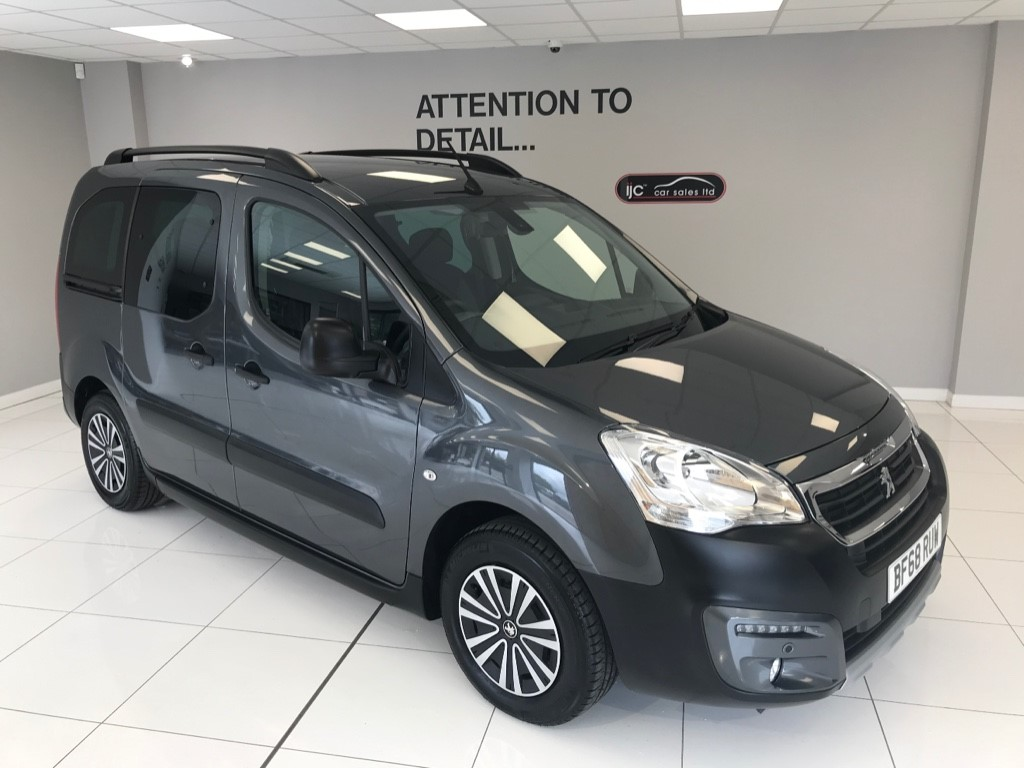 used Peugeot Partner Tepee HDI TEPEE OUTDOOR AUTO WITH JUST 1,204 MILES! HIGHER SEATING POSITION in louth-lincolnshire