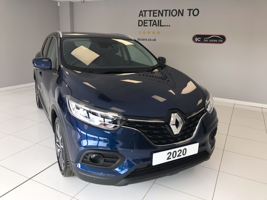 used Renault Kadjar ICONIC DCI MANUAL DIESEL 2020 VEHICLE WITH JUST 657 MILES!! in louth-lincolnshire