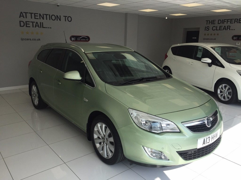used Vauxhall Astra 2.0 SE CDTI AUTOMATIC in louth-lincolnshire